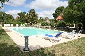 logo Gites-Lot-Rocamadour 4 gîtes avec piscine