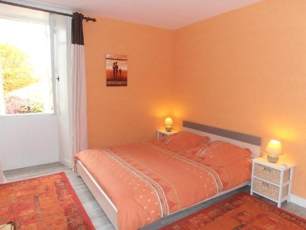 La grande chambre<br /> Possibilit&eacute; de rajouter deux lits d&#039;appoint