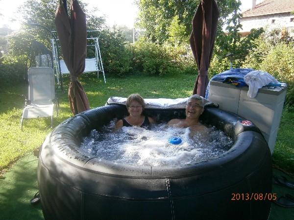 le mini spa dans le jardin partagé
