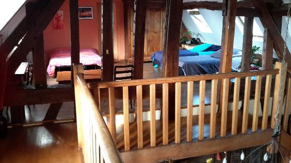Mezzanine à l étage avec 2 lits de 90 et un BZ pour 2
