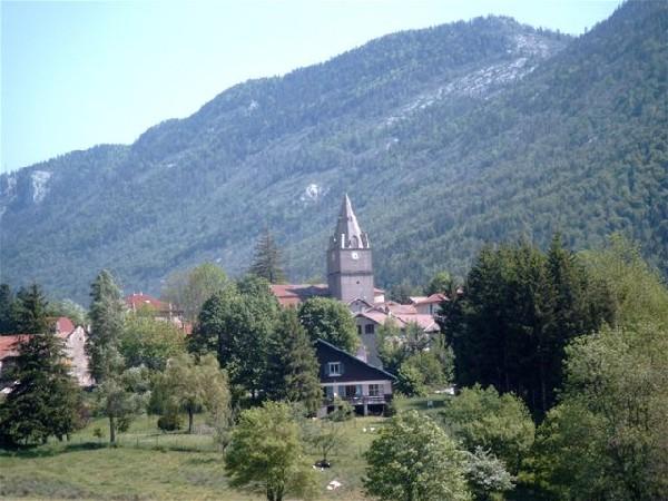 le village de Saint Agnan en Vercors en été