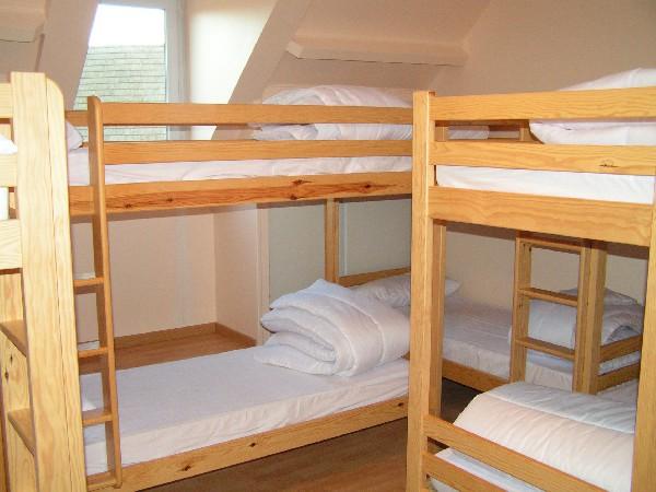 1er dortoir de 10 personnes en lits superposes<br /> pour le gite de 90 pers